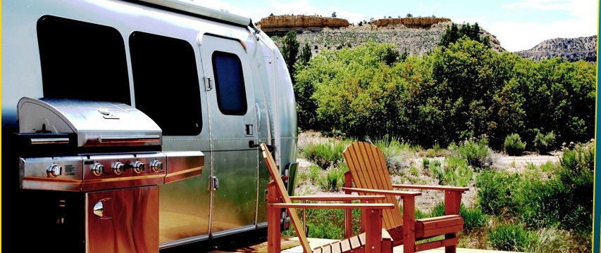 Love Airstreams? This RV park does  - RV Beagle